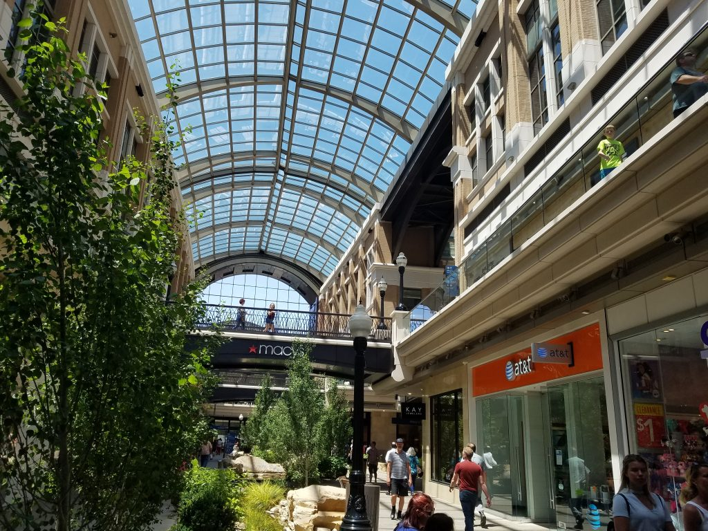 City-Creek-Shopping-Center-Salt-Lake-City-Utah-1024x768.jpg