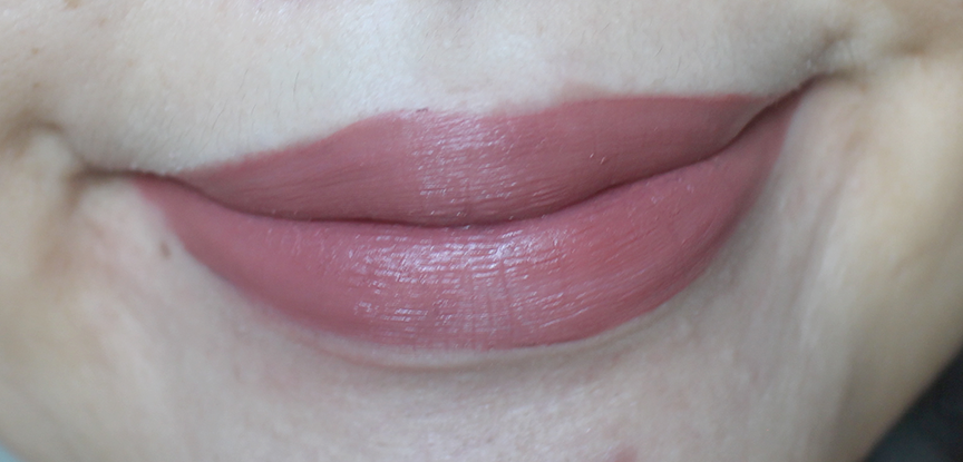 Ofra Liquid Lipstick in Mocha