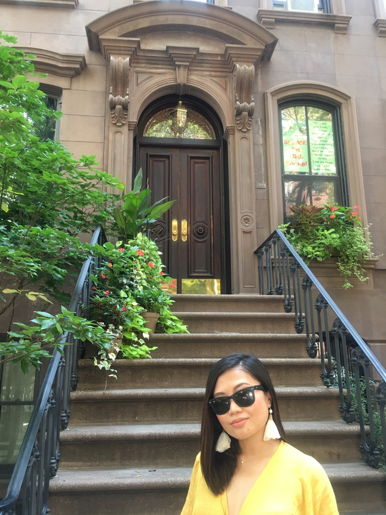 At Carrie Bradshaw's Apartment, 66 Perry Street, Manhattan, NYC