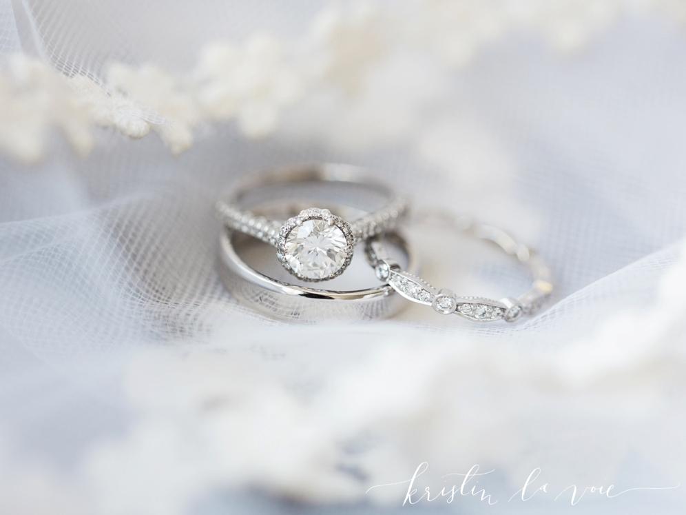 Kristin-La-Voie-Photography-Bridgeport-Art-Center-Wedding-18.jpg