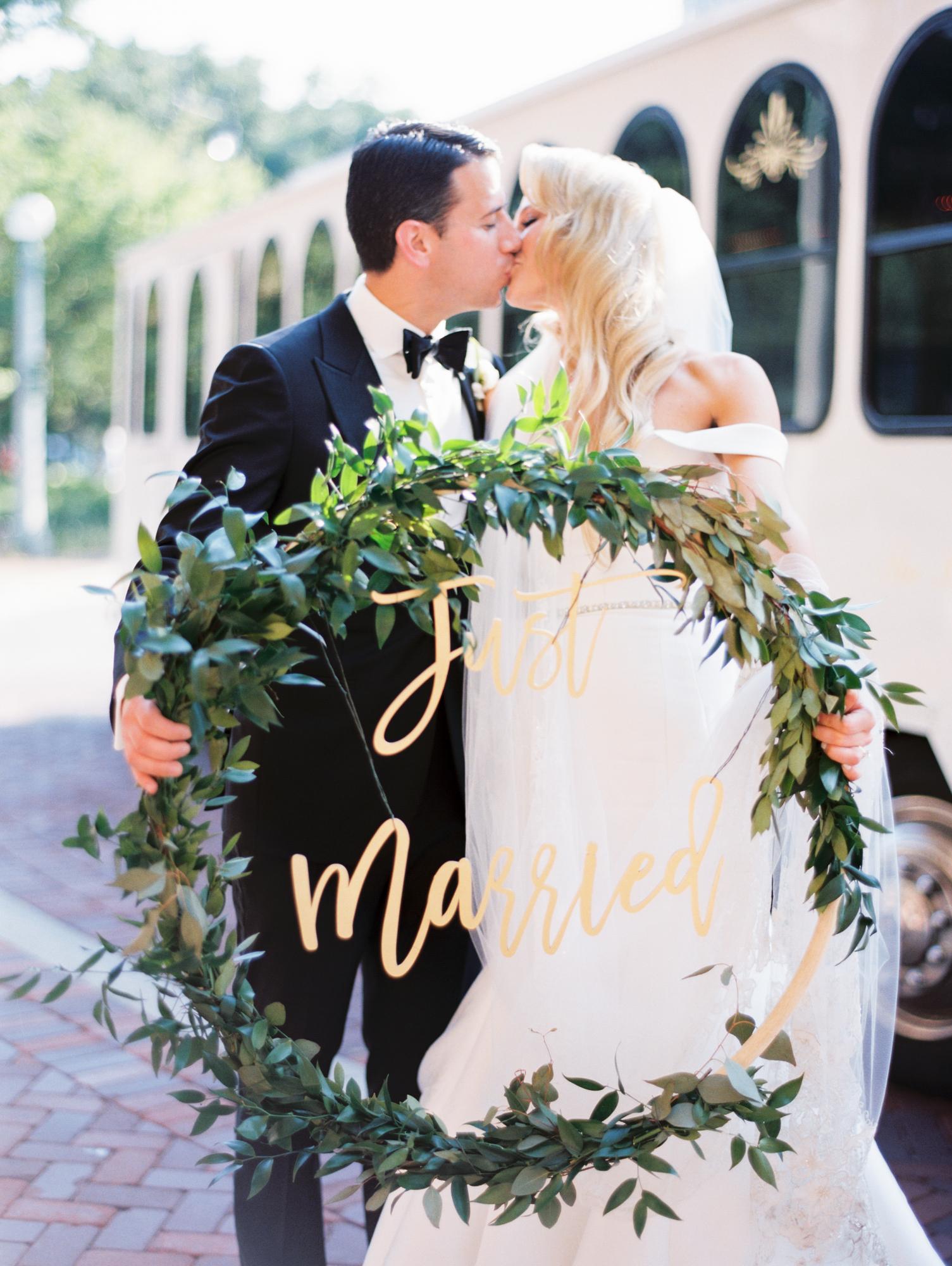 kristin-la-voie-photography-cafe-brauer-chicago-wedding-photographer-674.jpg