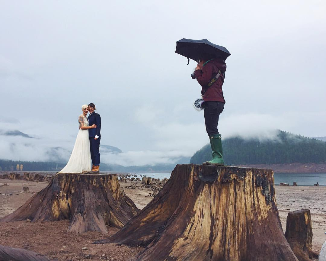 maggie-kirkland-detroit-lake-oregon-travel-adventure-photographer-trash-the-dress-newlyweds.jpg