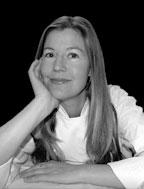 Annette Abstoss   Annette es fundadora de  Abstoss World Gastronomy.  Nació en Houston Texas, creció en Los Ángeles y Connecticut. Estudió hostelería en Salzburgo, Austria y vive en Barcelona desde 1992.  Se considera una barcelonesa de corazón, una food hunter, defensora de la gastronomía más auténtica y de calidad.