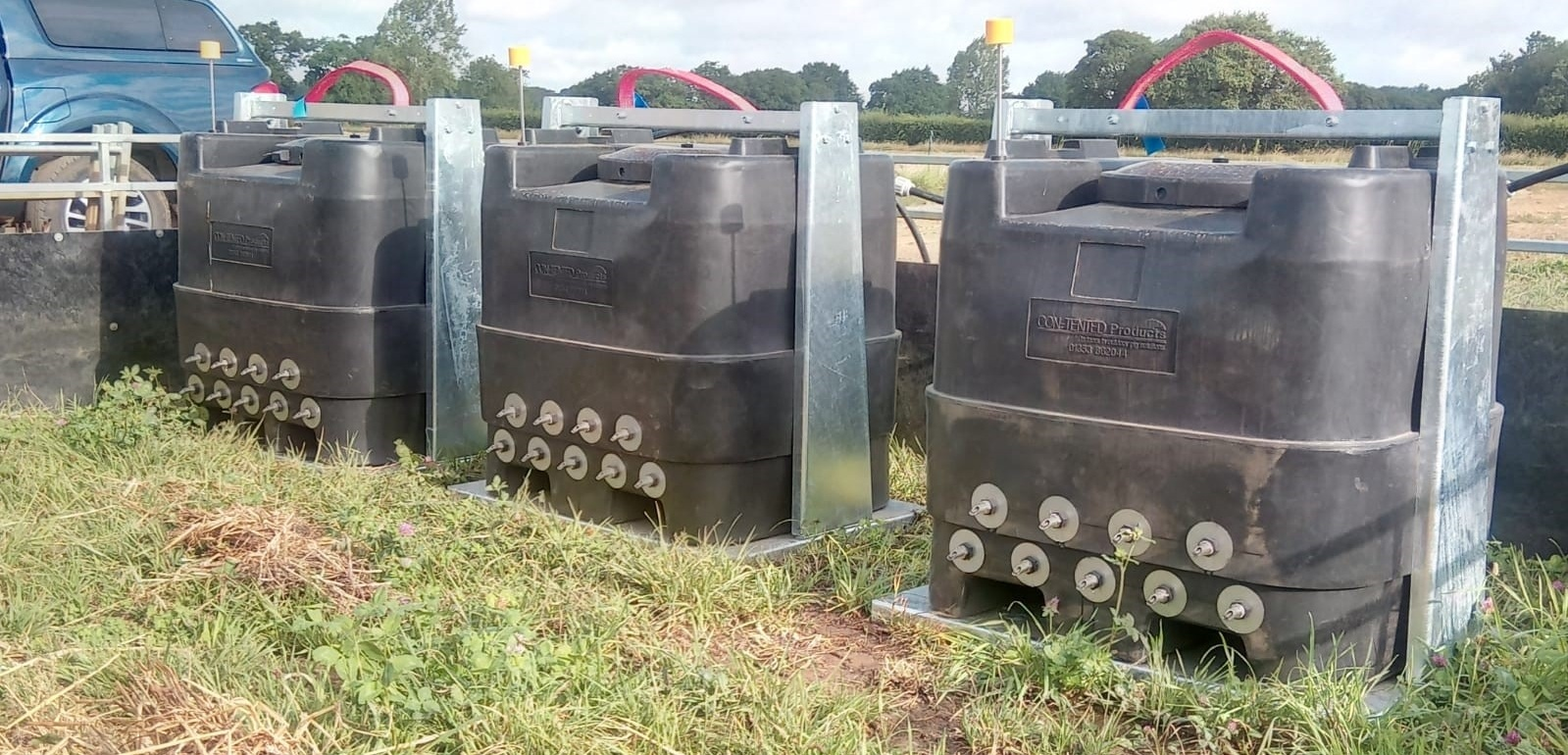 500l tanks setup in a lairage paddock