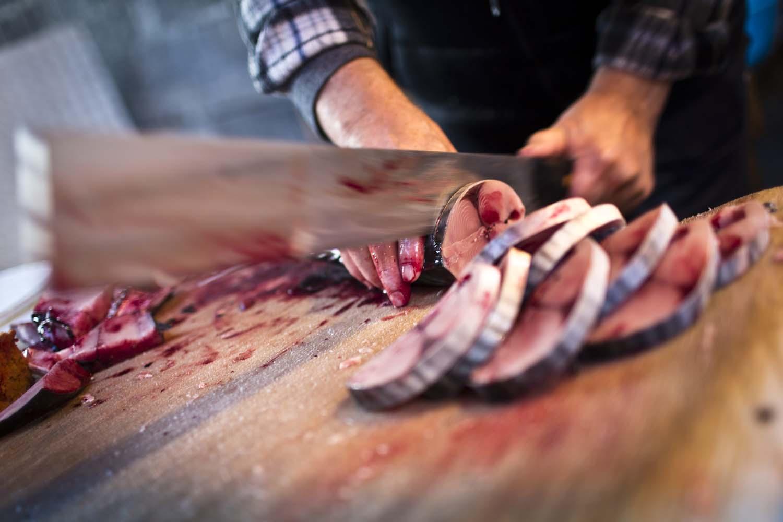 chop-chop-tuna-tom-moggach.jpg