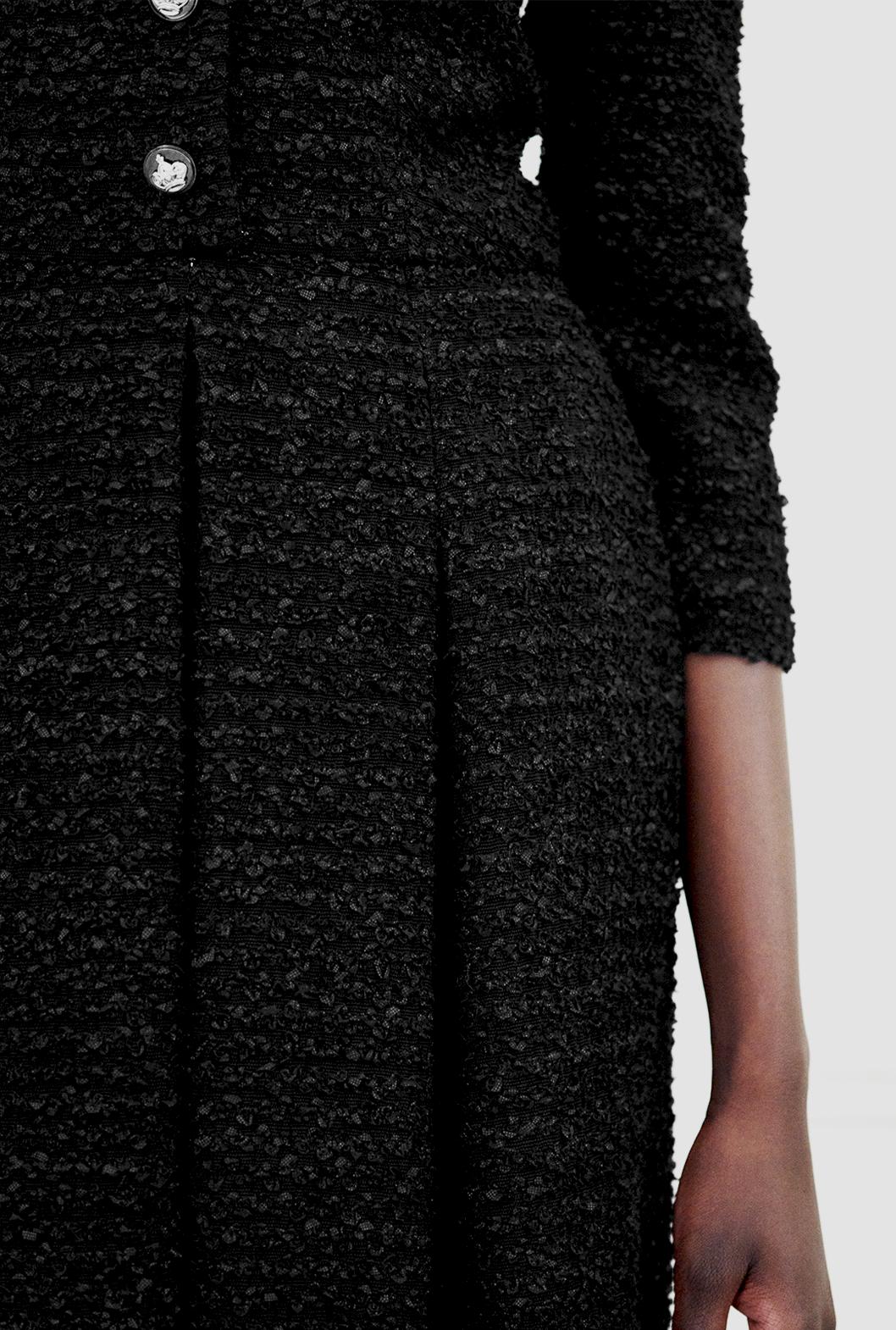 9 M Black Dress Detail.png