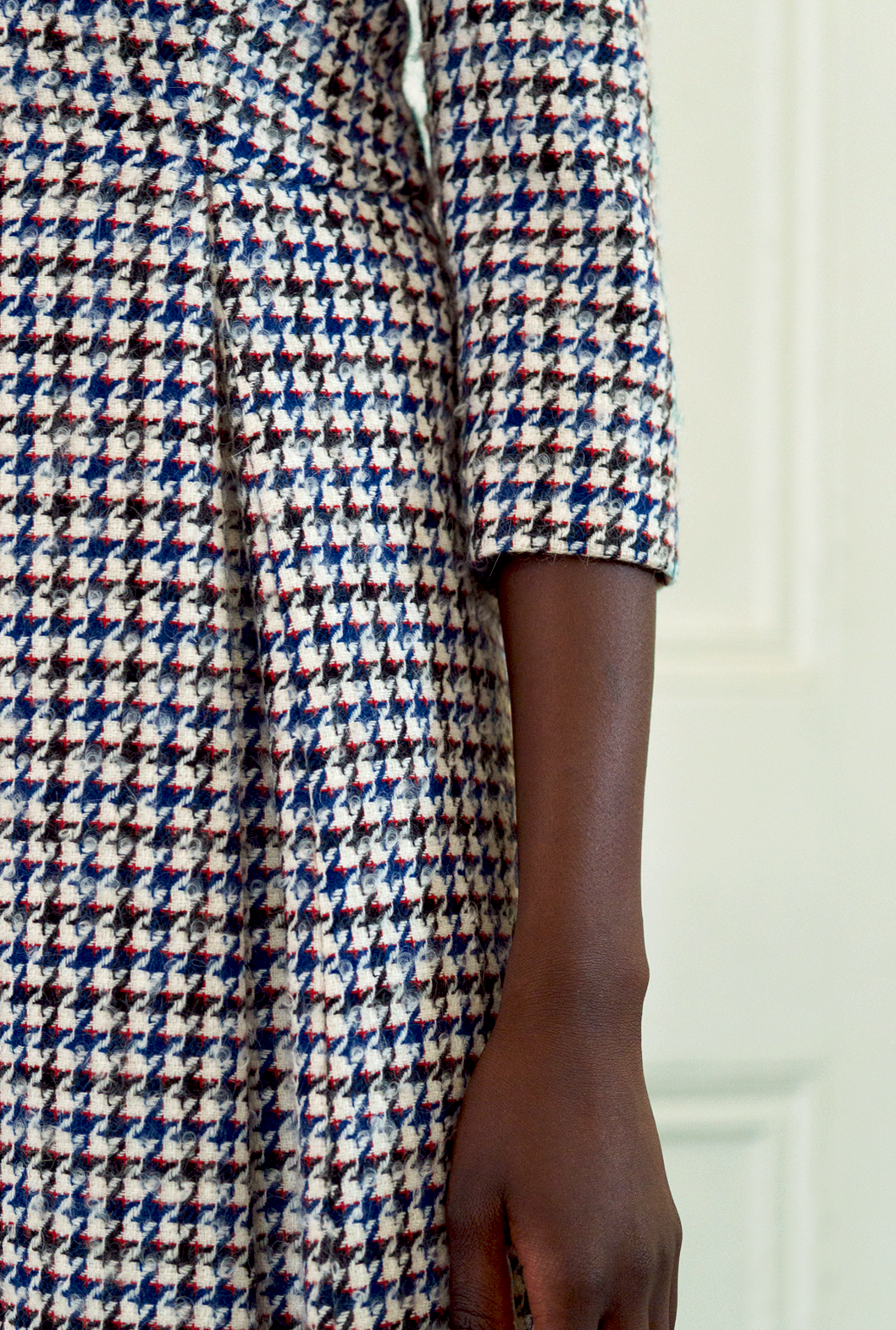 17 M Dogtooth Dress Detail.png
