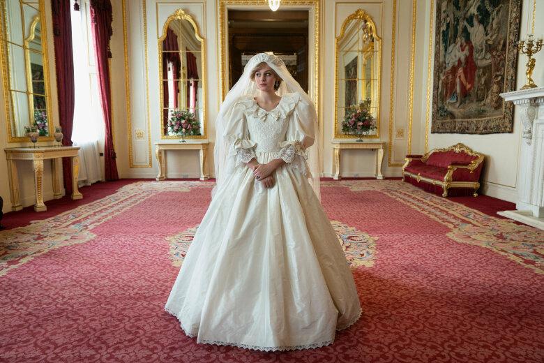 The_Crown_Diana_Wedding-Dress.jpg