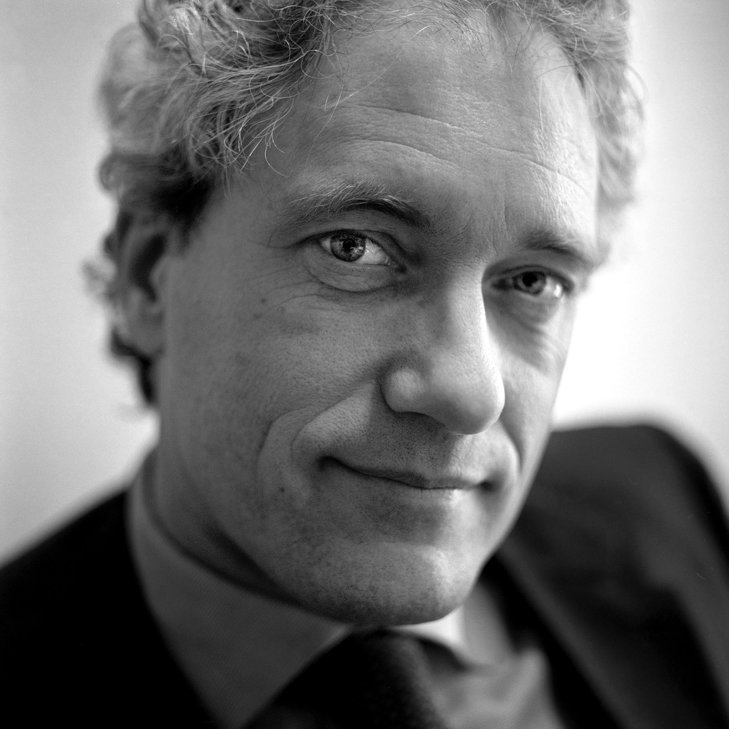 De Volkskrant, Thom de Graaff, voormalig minister voor Bestuurlijke Vernieuwing en Koninkrijksrelaties