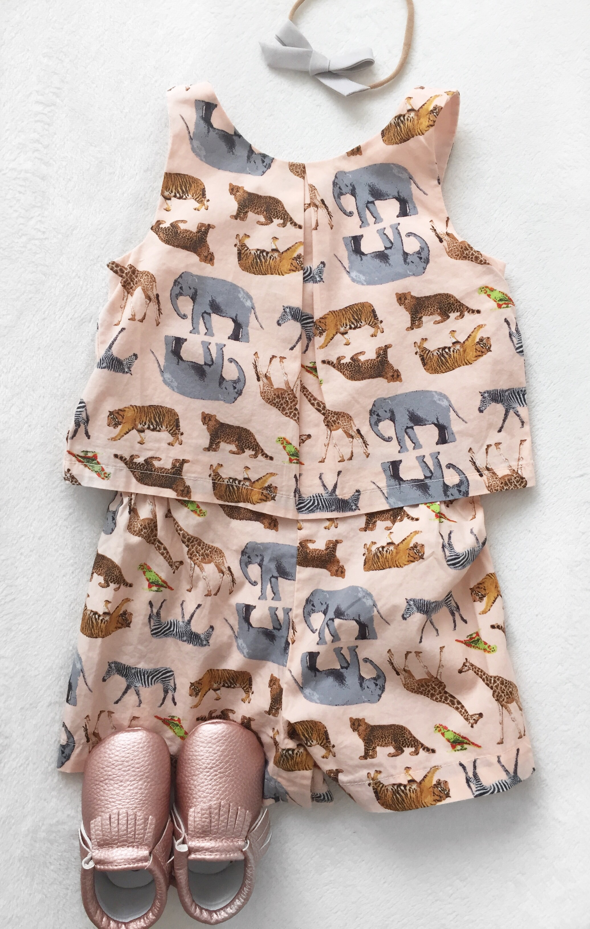 Gap Kids is just really speaking to me with their zoo animals + pale pinks