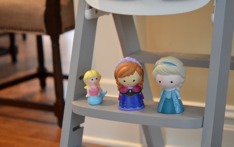 Lilies and Lambs Anna and Elsa Dolls