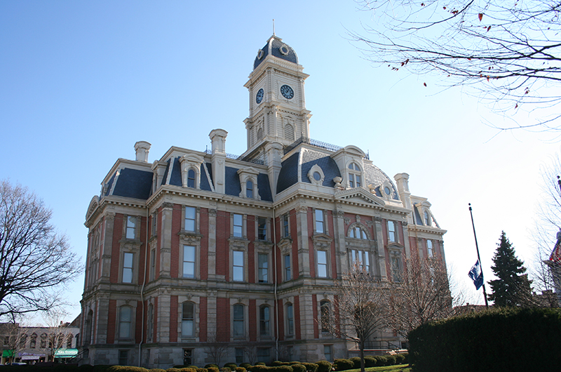 courthouse 001.JPG