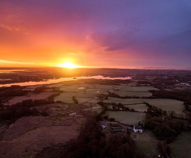 Sun breaking through over Galway last December. Busy few weeks here in Vancouver but the weather has started to turn more towards spring with a few sunny days here and there. Excited to get out and explore BC a bit more over the next few months and see a few spots on my list! . . . #galway #ireland #moycullen #connemara #sunset #djiglobal #mymavic #mavicpro #fromwhereidrone #ig_ireland #loveireland #thisisgalway #huaweisnapys #youririshadventure #igersireland #photooftheday #inspireland_ #rawireland #exploreadventureireland #irishpassion #instaireland #youririshadventure #topirelandphoto #ig_ireland #thewildatlanticway #irish_daily #visitireland #wanderireland #tourismireland #mavic_pro