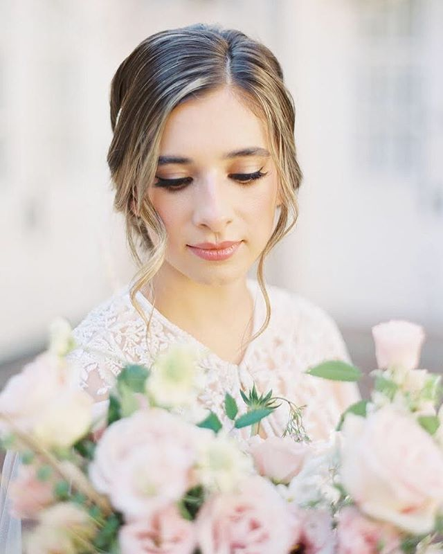 Pastels and soft glam on point 💗  Photography: @rachelowensphoto  Florals: @lovelily.flowers  Beauty: @jennybeautyatx @arielbeautyatx for LoLa Beauty  Dress Shop: @unbridaled  Dress Designer: @theiacouture  Invitation Suite: @augustandmaydesignco  Bride and Groom: @shekorns @hekorns  Venue: @chateaubellevue  Film Lab: @photovisionprints