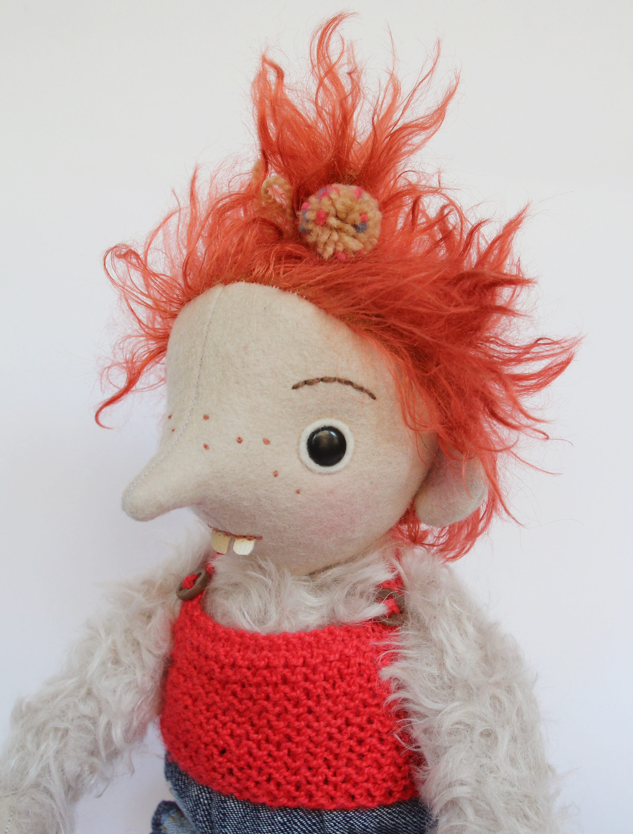 MINI POMME troll girl 3.jpg