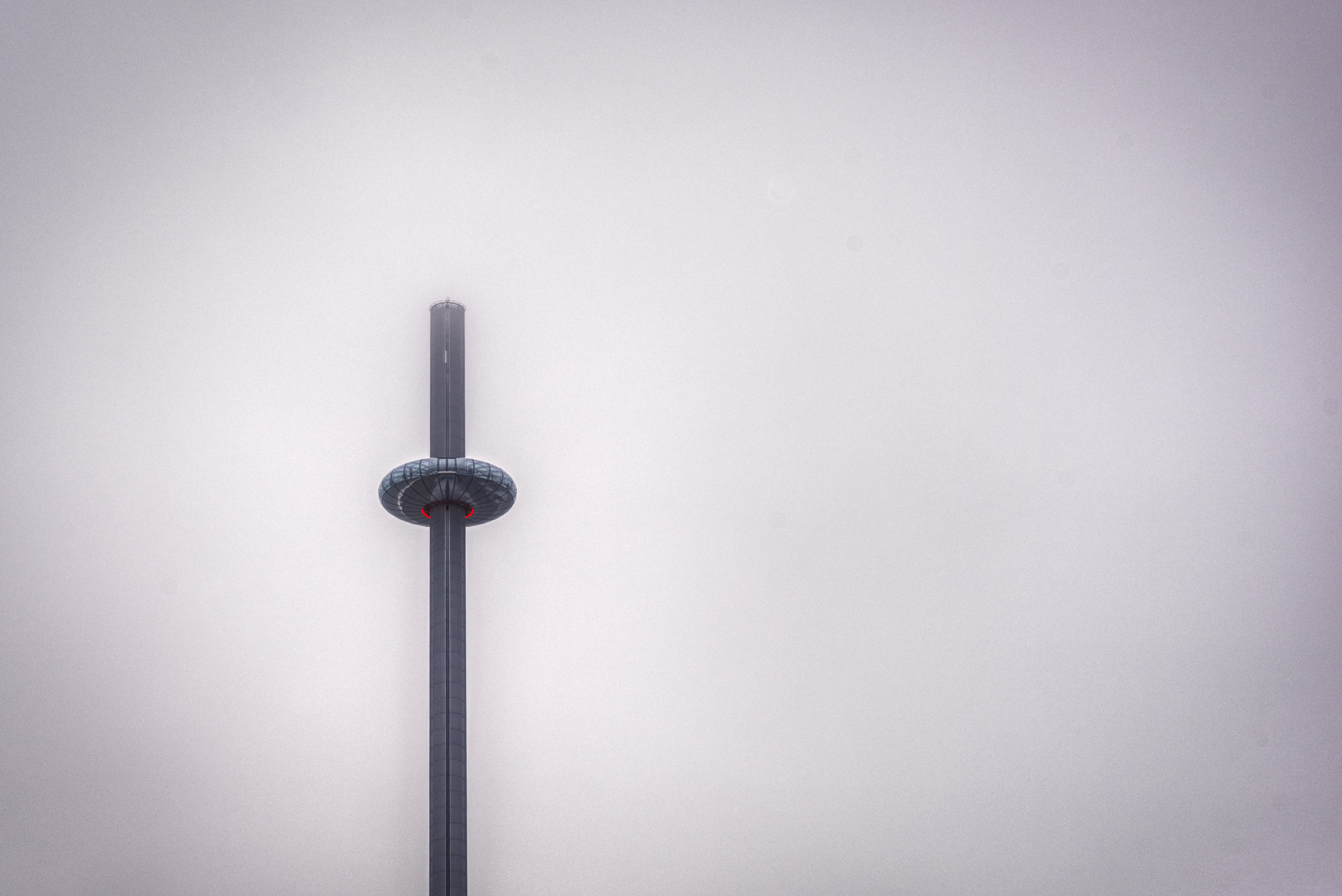 i360 Brighton in the Mist