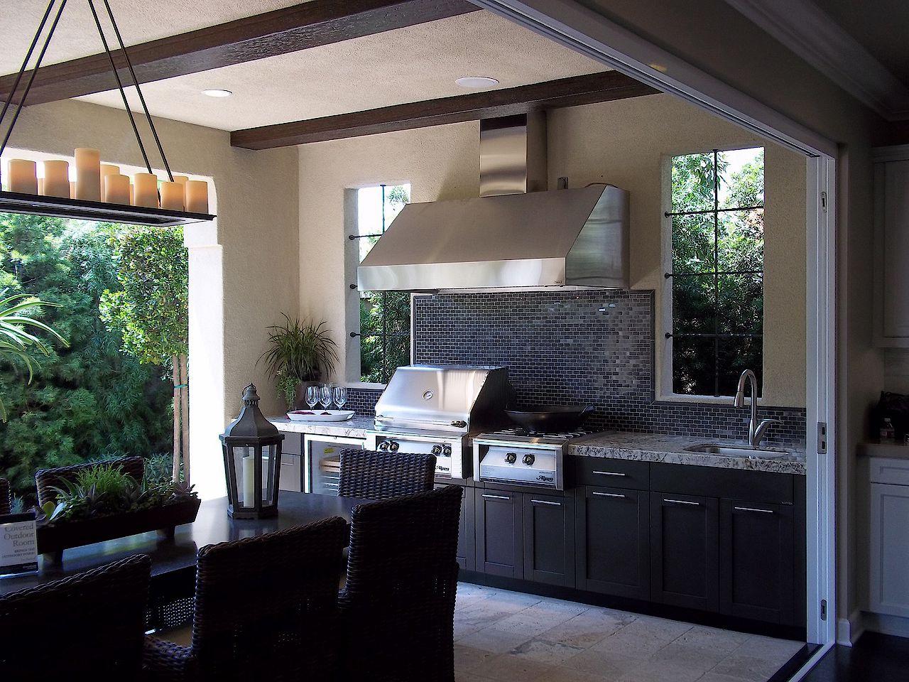 Brookfield Outdoor Kitchen 007.JPG