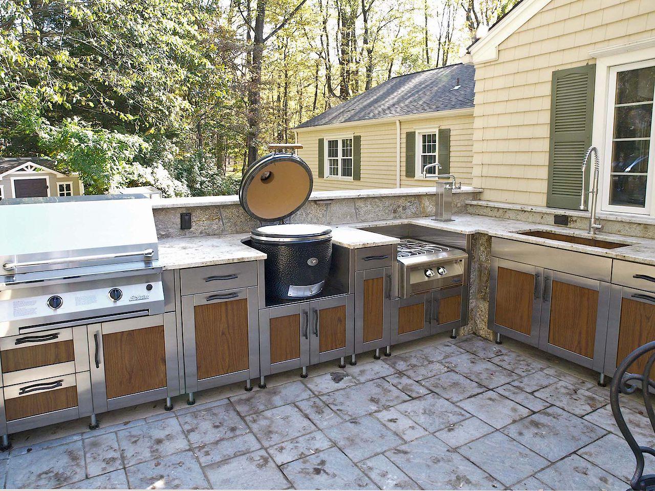 woodbridge_s_kitchen.jpg