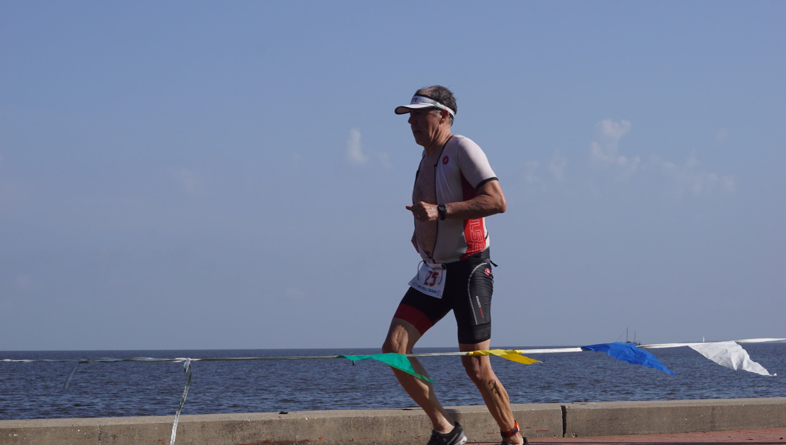 Man running by bay 5.JPG