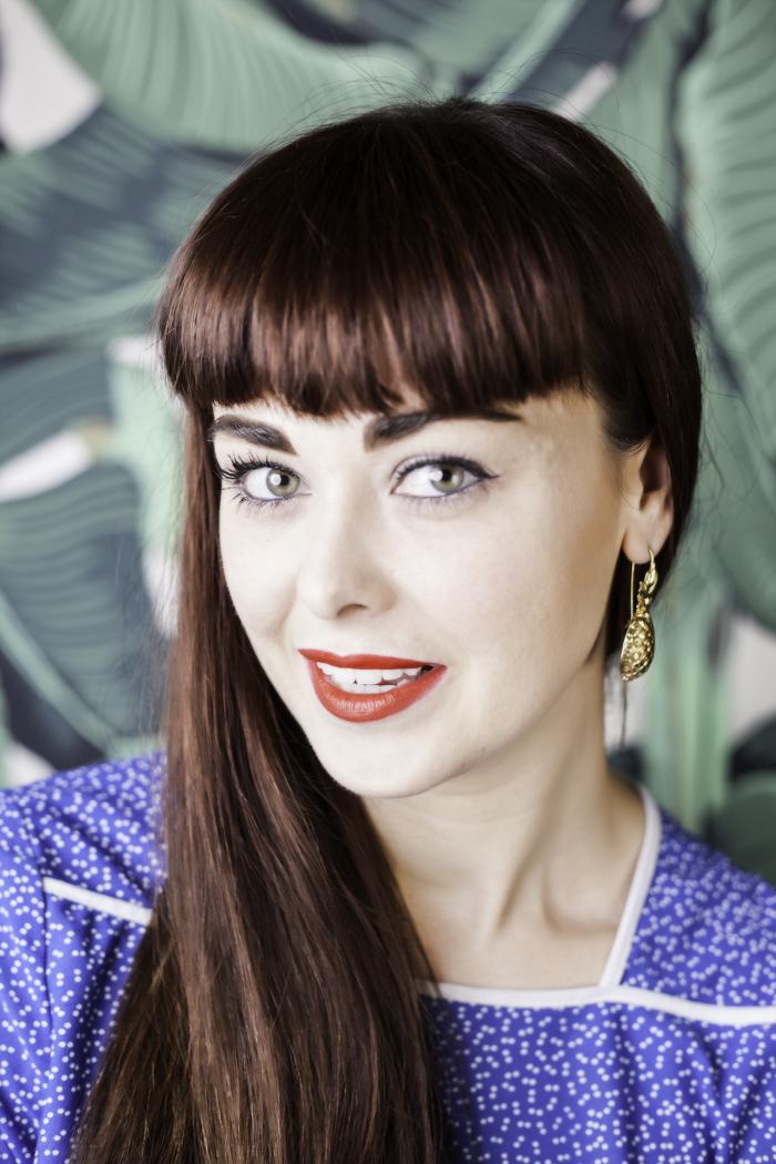 Lisa Helena, alumni