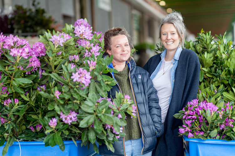 Day 4 of British Flowers Week 2016, feature Anna Day and Ellie Jauncey of The Flower Appreciation Society, presented to you by New Covent Garden Flower Market