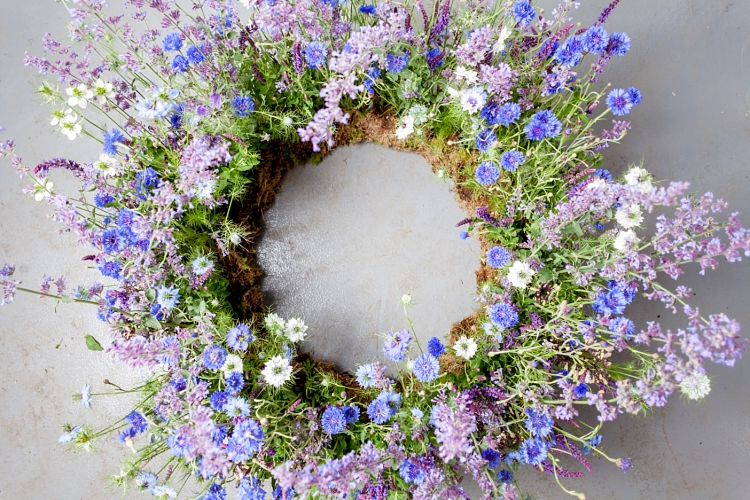 Carly Rogers' floor based wreath for British Flowers Week 2017 at New Covent Garden Flower Market