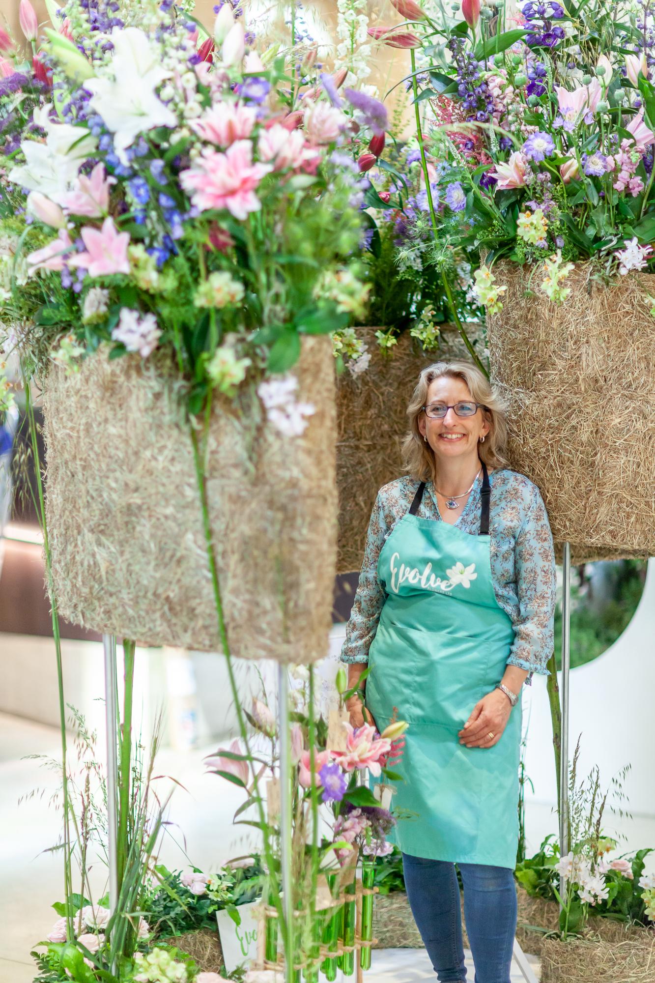 Evolve-Flowers-installation-British-Flowers-Week-2018-at-Garden-Museum-by-New-Covent-Garden-Market (4).jpg