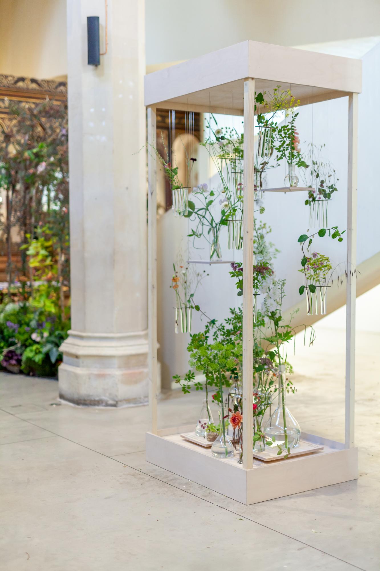 Festoon-Flowers-installation-British-Flowers-Week-2018-at-Garden-Museum-by-New-Covent-Garden-Market (4).jpg