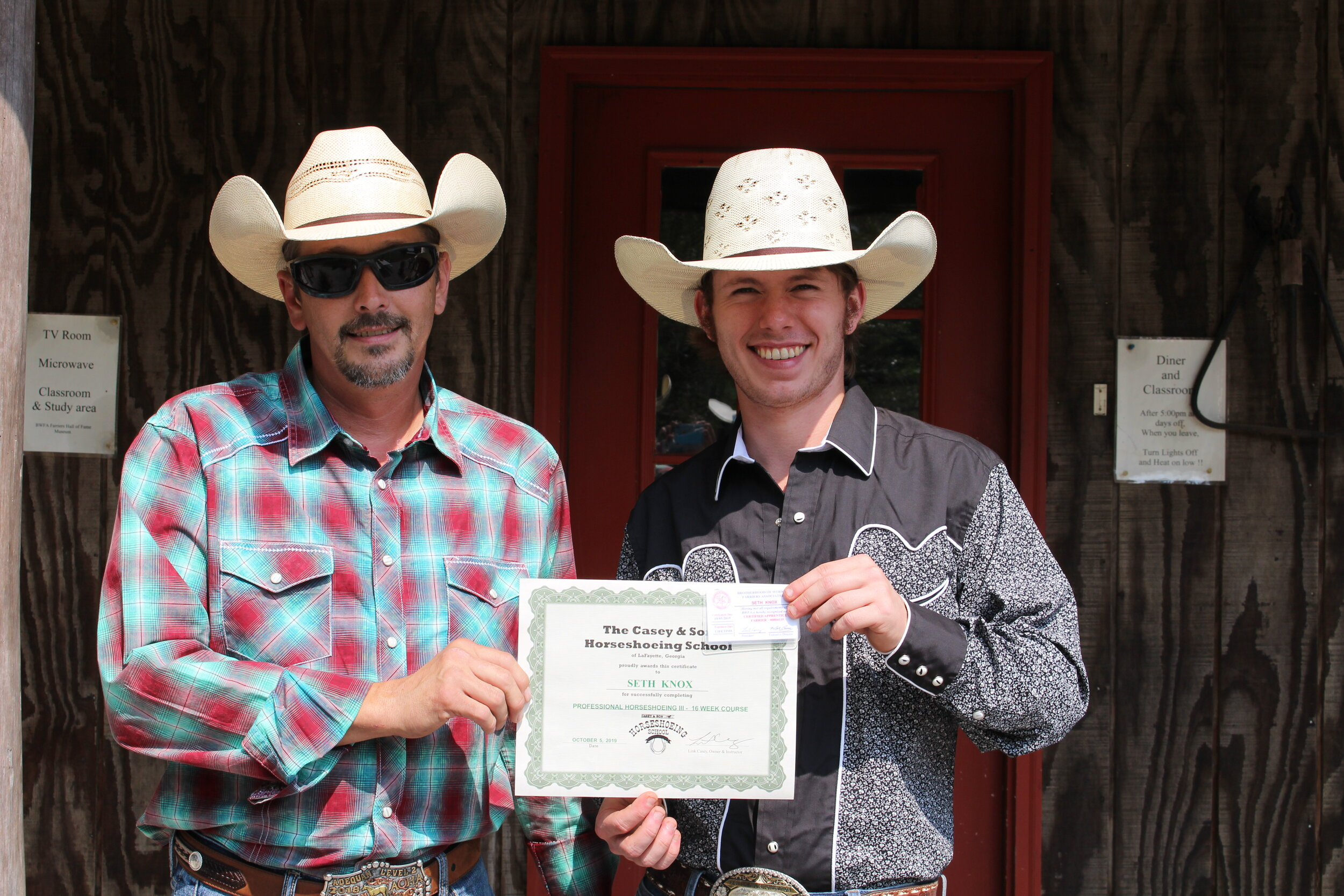 Seth Knox of TN Farrier Graduate of Casey & Son Horseshoeing School with Jarvis Bowen, Instructor
