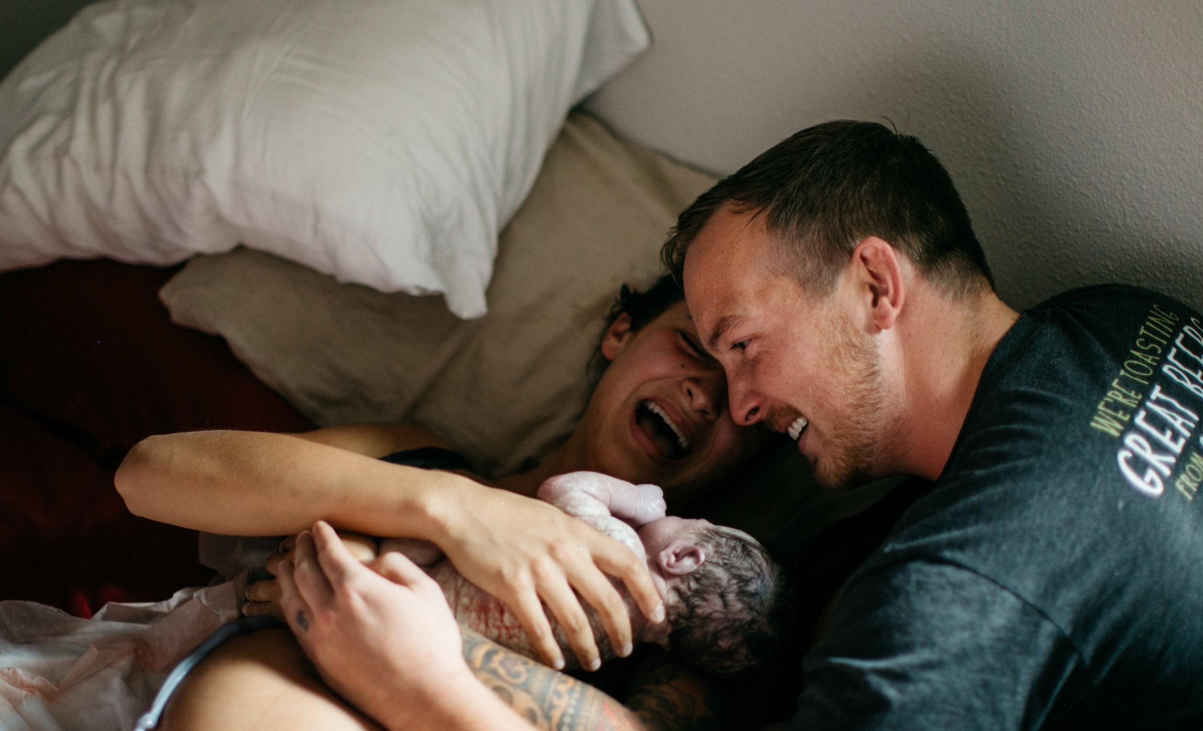 elan-photographie-studio-birth-photography-150.jpg