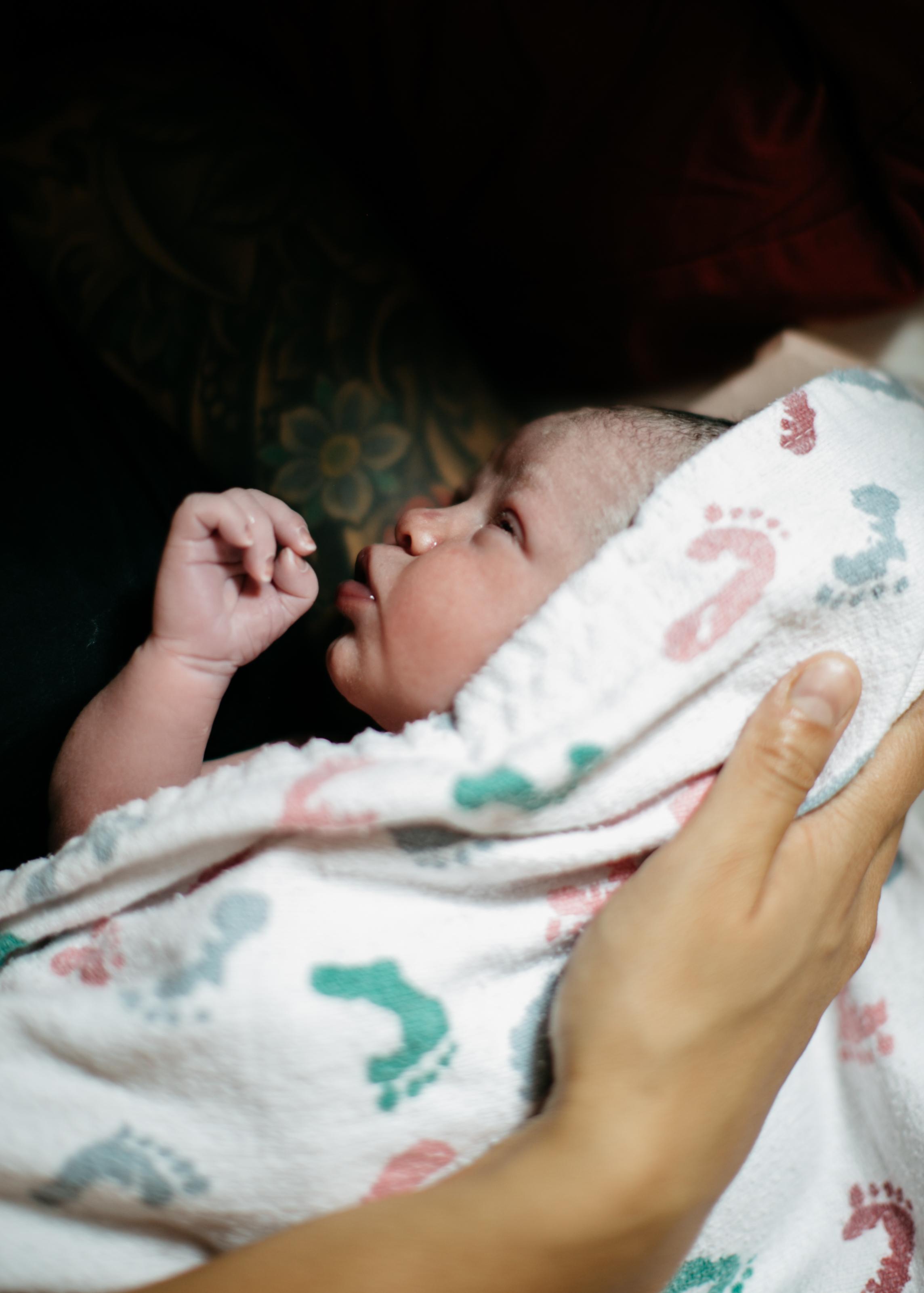 elan-photographie-studio-birth-photography-180.jpg
