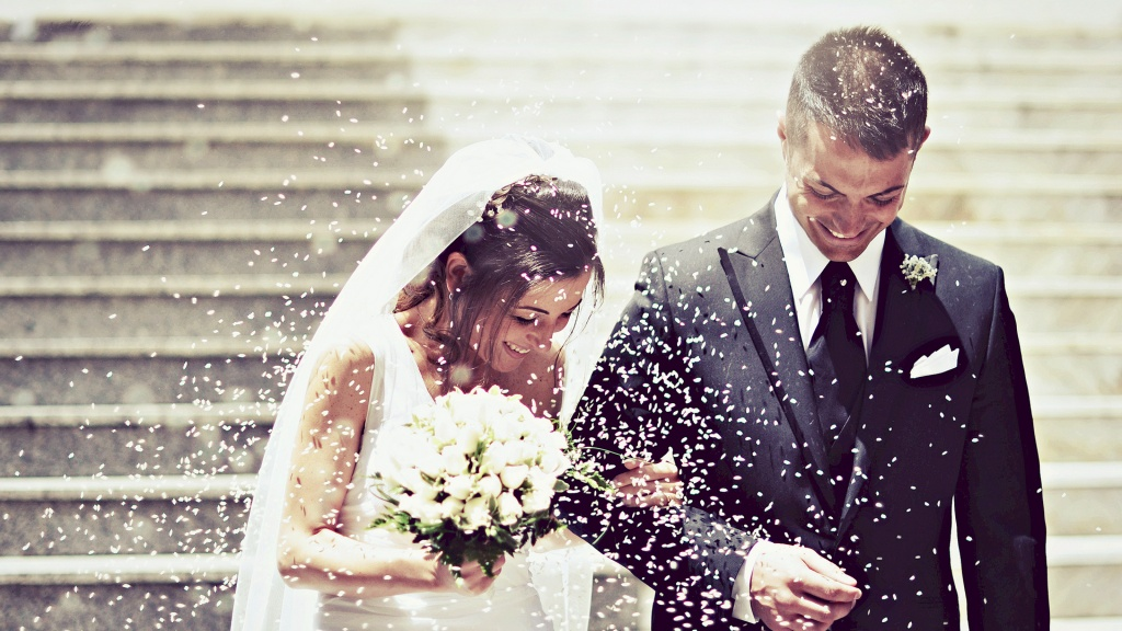 Happy-Wedding-Couple-Married-Wallpaper.jpg