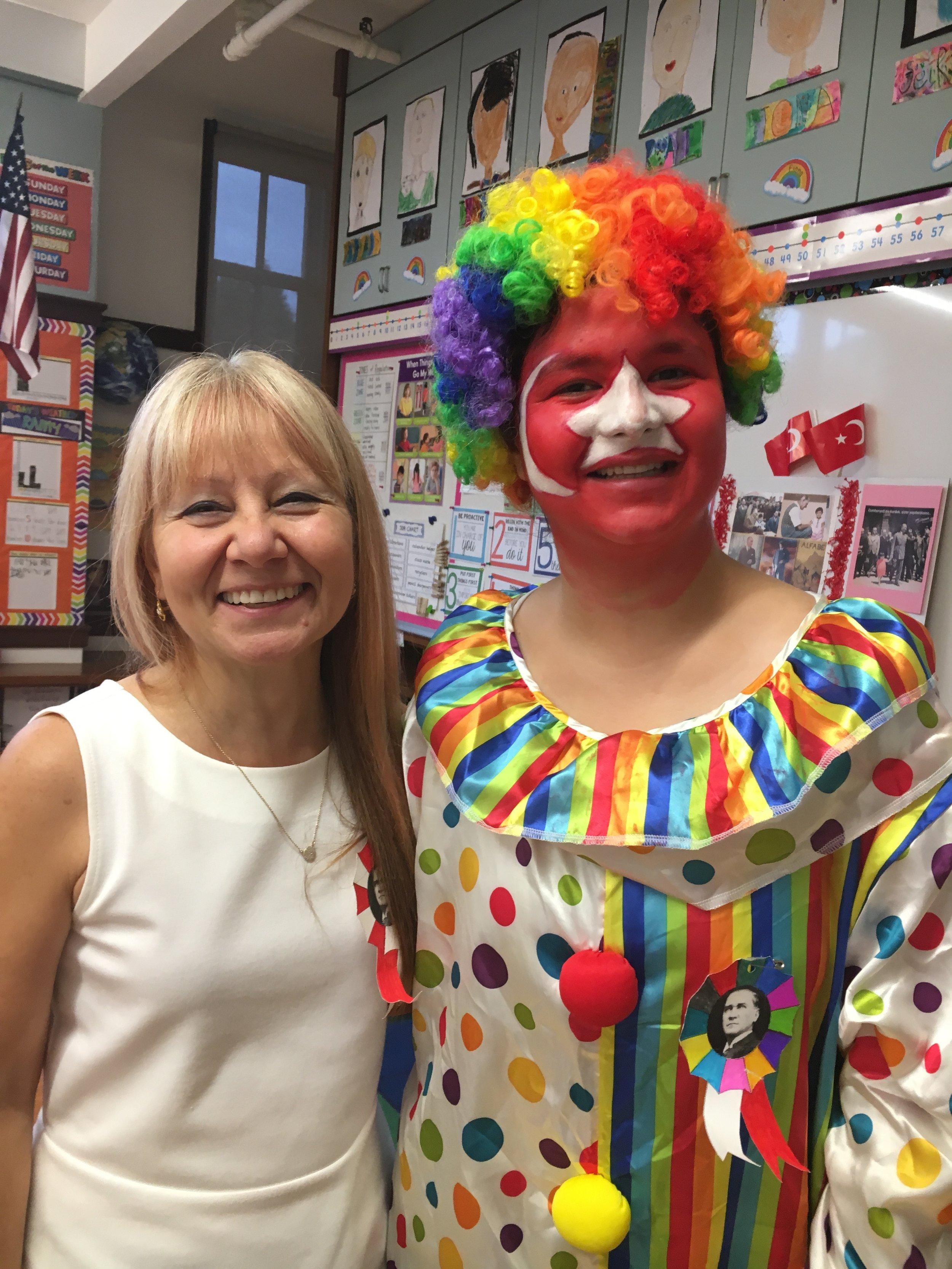 Elma Agaci classroom teacher Gulten Hanim and the surprize of the day! Thank you Meryem, our teacher aid!