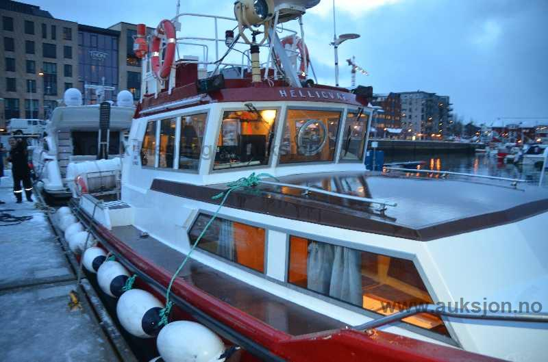 RIB rafting on the fjord.preview.JPG