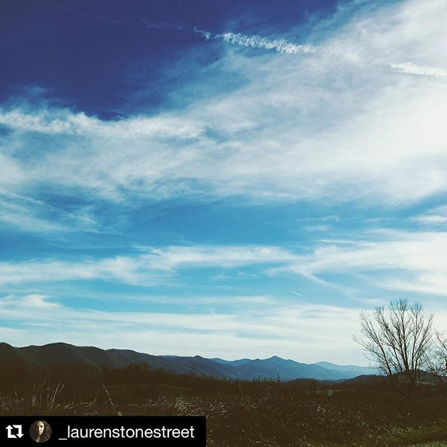 #Repost @_laurenstonestreet with @repostapp. ・・・ Tonight we arrived in Charleston, WV to film two dancers (Mackenzie + Mikaela) working in the fight against human trafficking. We are so excited to explore healing and restoration through movement of the body. Stay tuned to see some of our work tomorrow!  #reclaimfreedom #endtrafficking #enditmovement