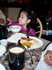 200x267xgirl_breakfast.png.pagespeed.ic.ZsUhQPNSSA.jpg