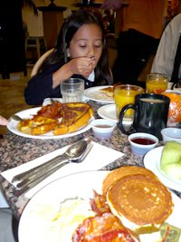 200x267xkids_breakfast.png.pagespeed.ic.NFCynETZ3s.jpg