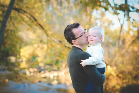 Hi, I'm Andy - that's my son! I'm a dad who really loves helping other dads enjoy fatherhood as much as I do.  Find out more about me here .