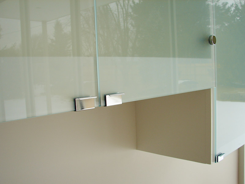 Elite Glass Cabinet Glass 2.jpg