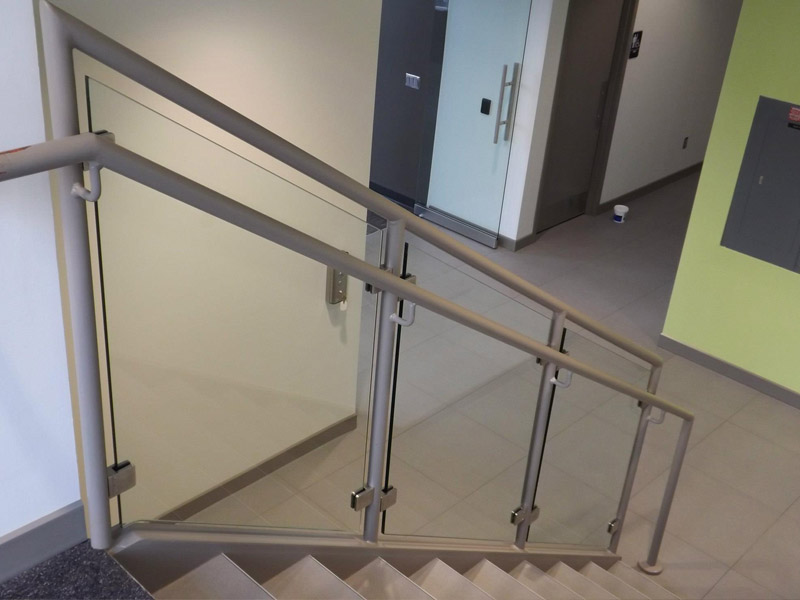 Elite Glass Handrails 1.jpg