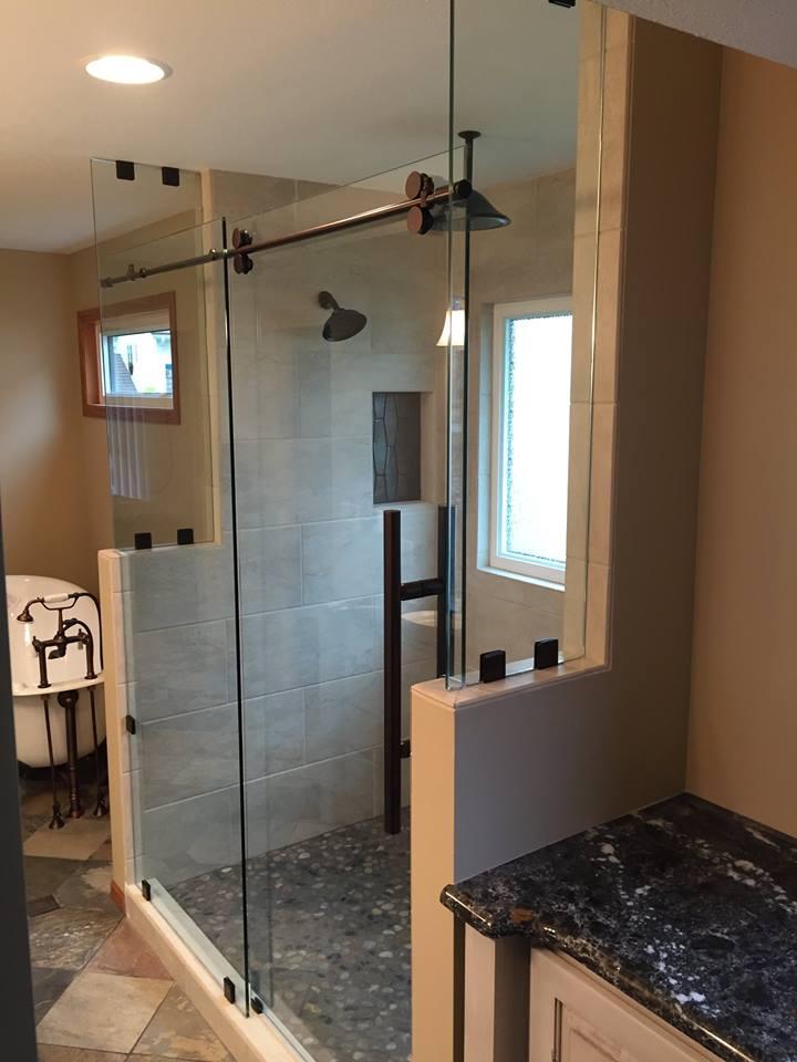 Eltie Glass Shower 3.jpg