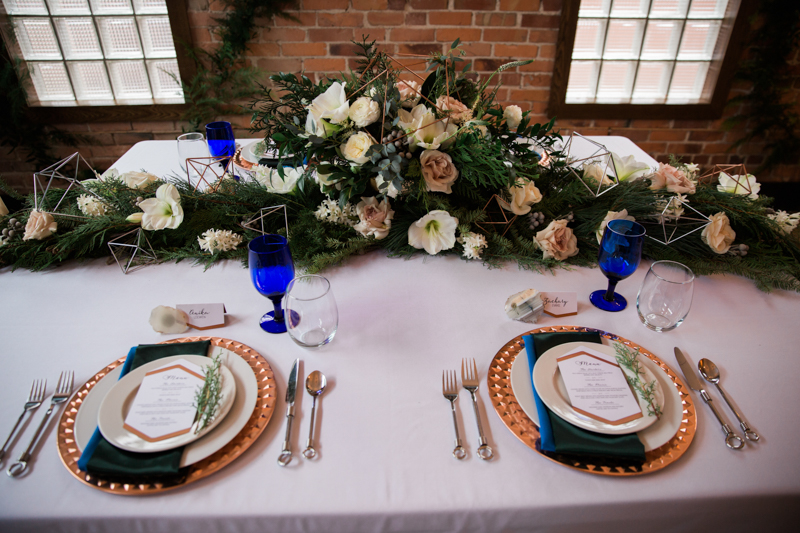 Urban Christmas Wedding  - Photo Credits to Kyra Jasman Photography