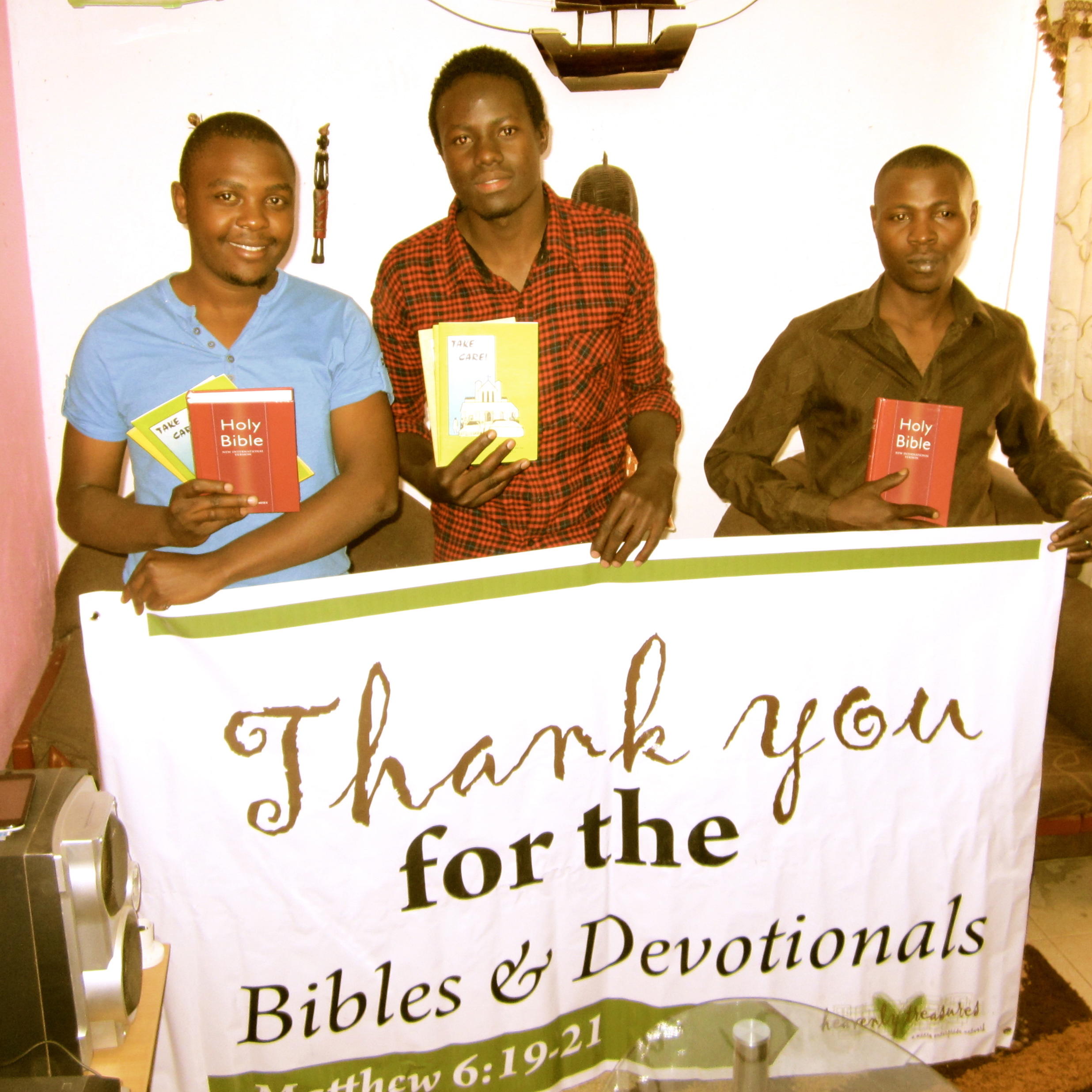 (Top picture: Through the generosity of one of our donors, Heavenly Treasures Kenya was able to provide devotionals to our artisans in Kenya. Pictured above is the Pamoja Youth Crafts staff.)