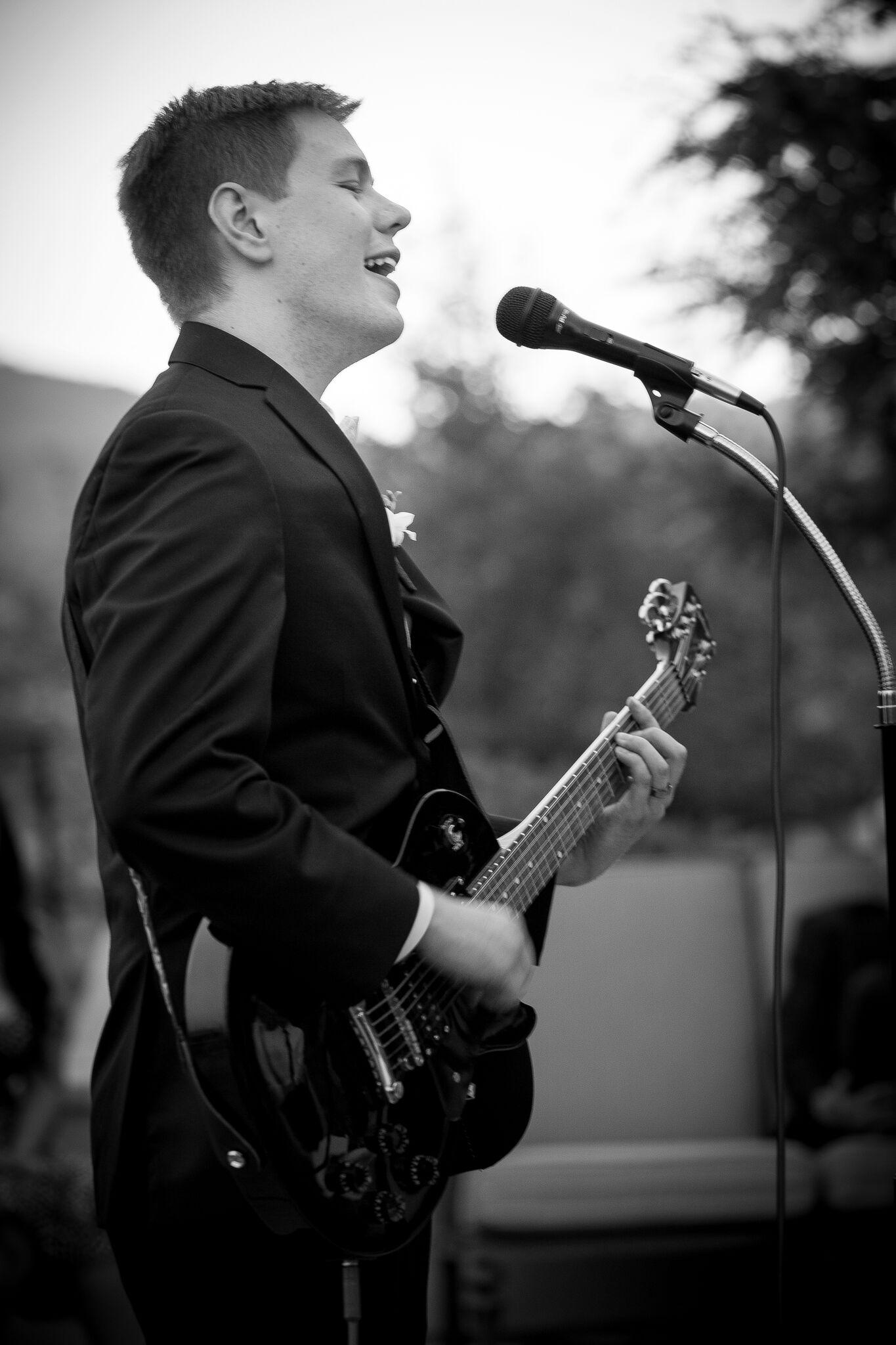 Briant Merica - Guitar
