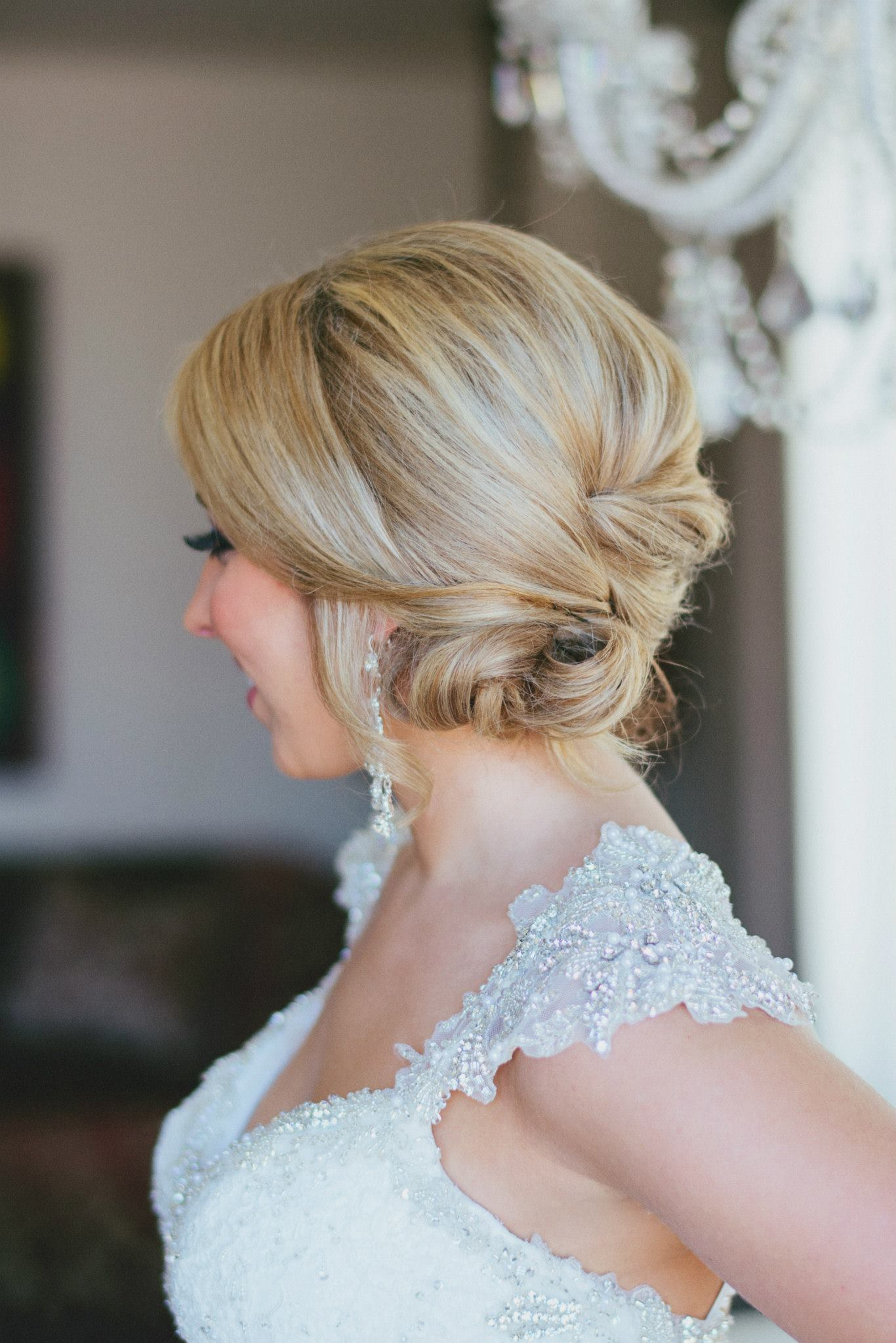 A+ for classic chic. | Hair:  Dazzle Doll Makeup and Hair  |  Photo Credit