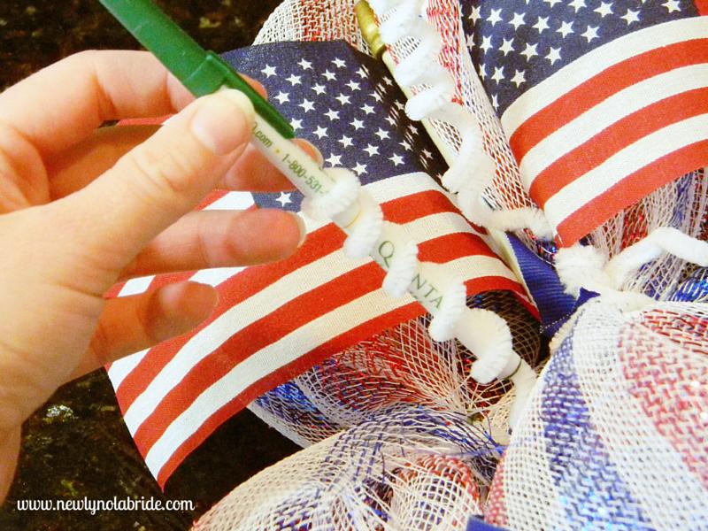 DIY patriotic, 4th of July, Memorial day, Labor day wreath.  Easy to make!