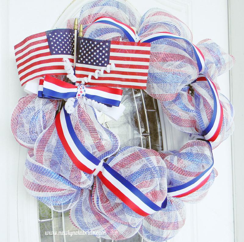 DIY patriotic Memorial day, 4th of July, Labor day wreath.  Easy to make!
