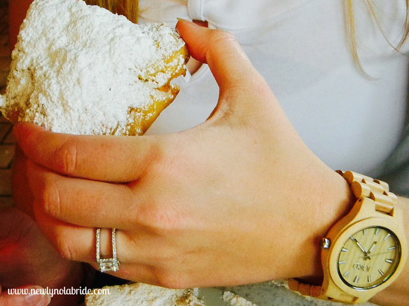 I found out the easy way that my  Fieldcrest in Maple  goes fabulously with a little powdered sugar, courtesy of the beignets at  Cafe Du Monde !