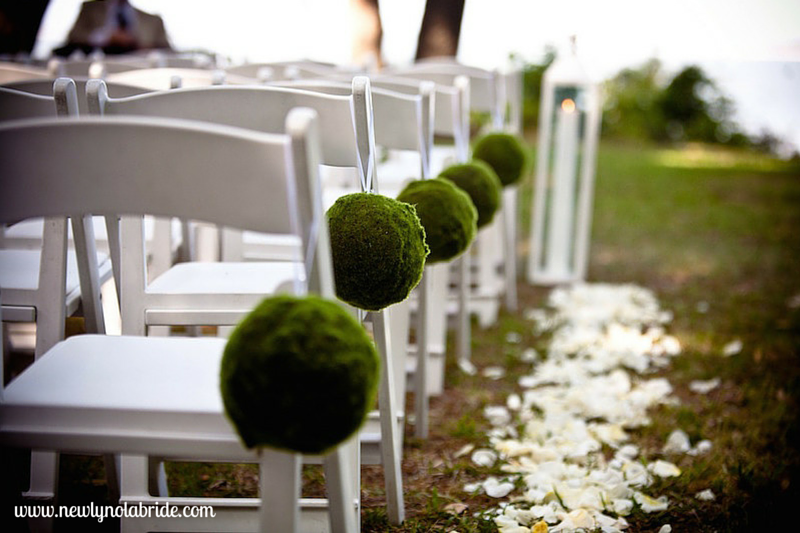 If you're looking to have your ceremony and reception in the same venue, find out if and how the venue manages this request.
