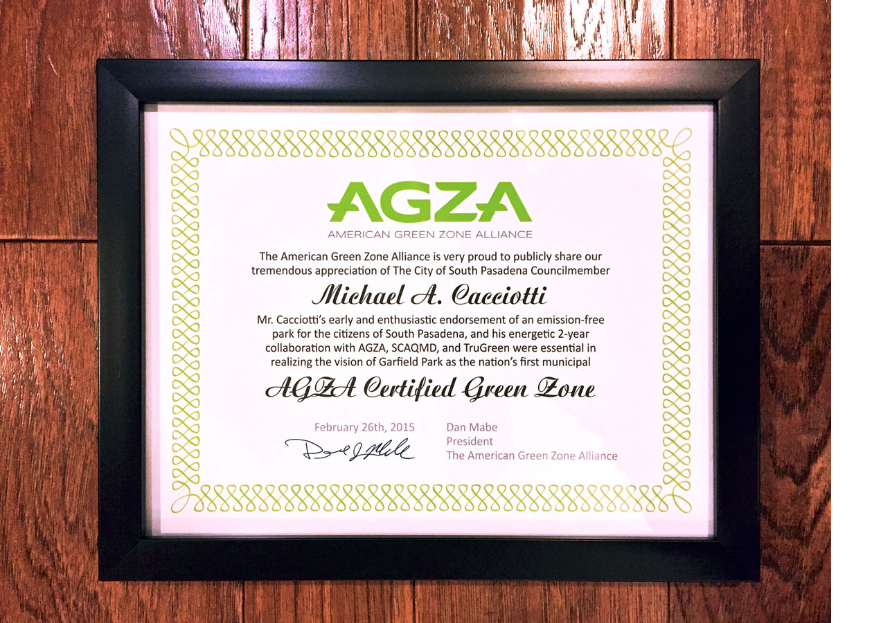 AGZA_at_Garfield_Park_05_certificate_10_1200_padding.jpg